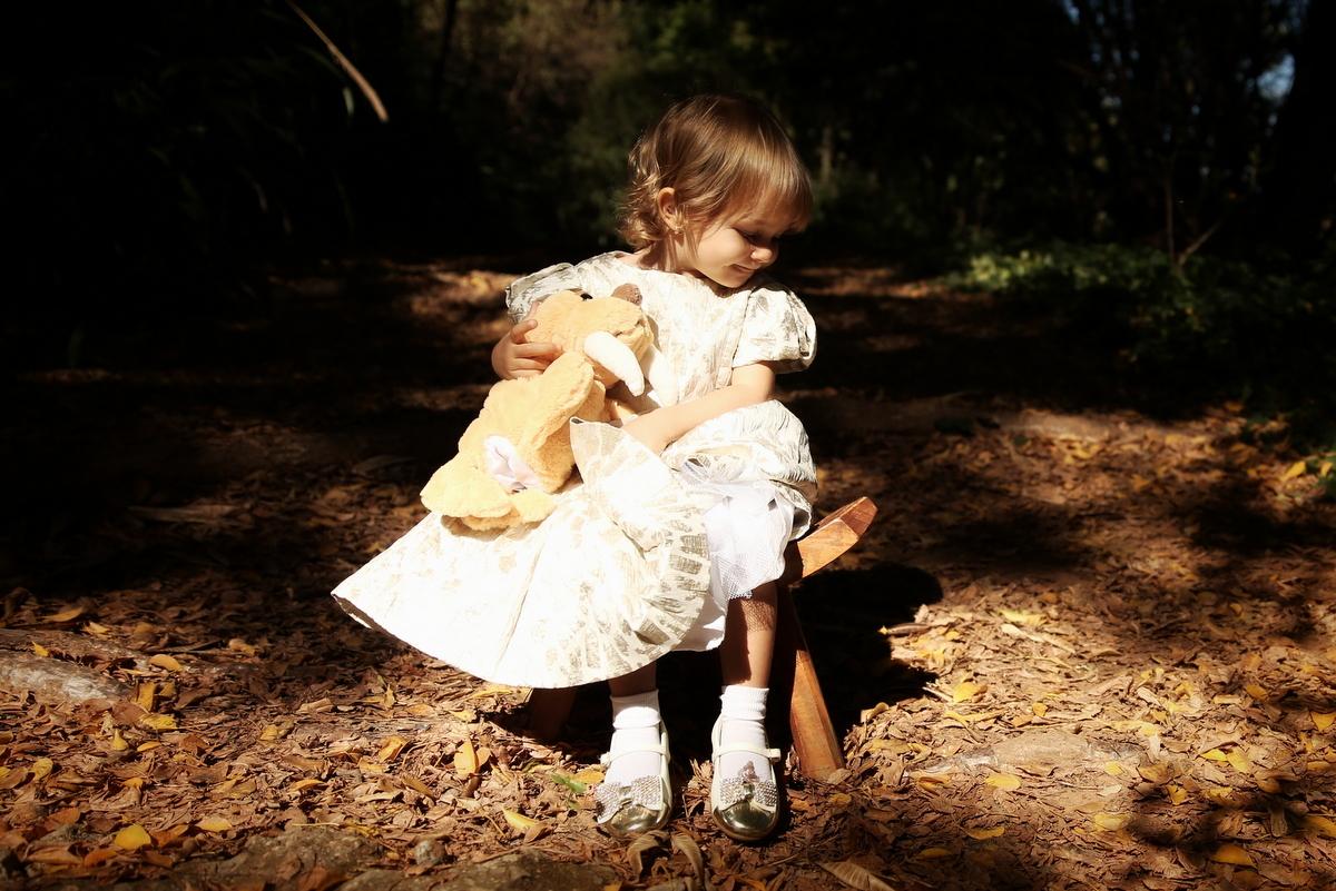 ivna sá produção fotográfica, ivna sá fotografia, ivna sá, menina, book de menina, fotos no parque, fotos externas, estúdio em bh, belo horizonte, mg, menina, fotos de menina, fotografia de menina