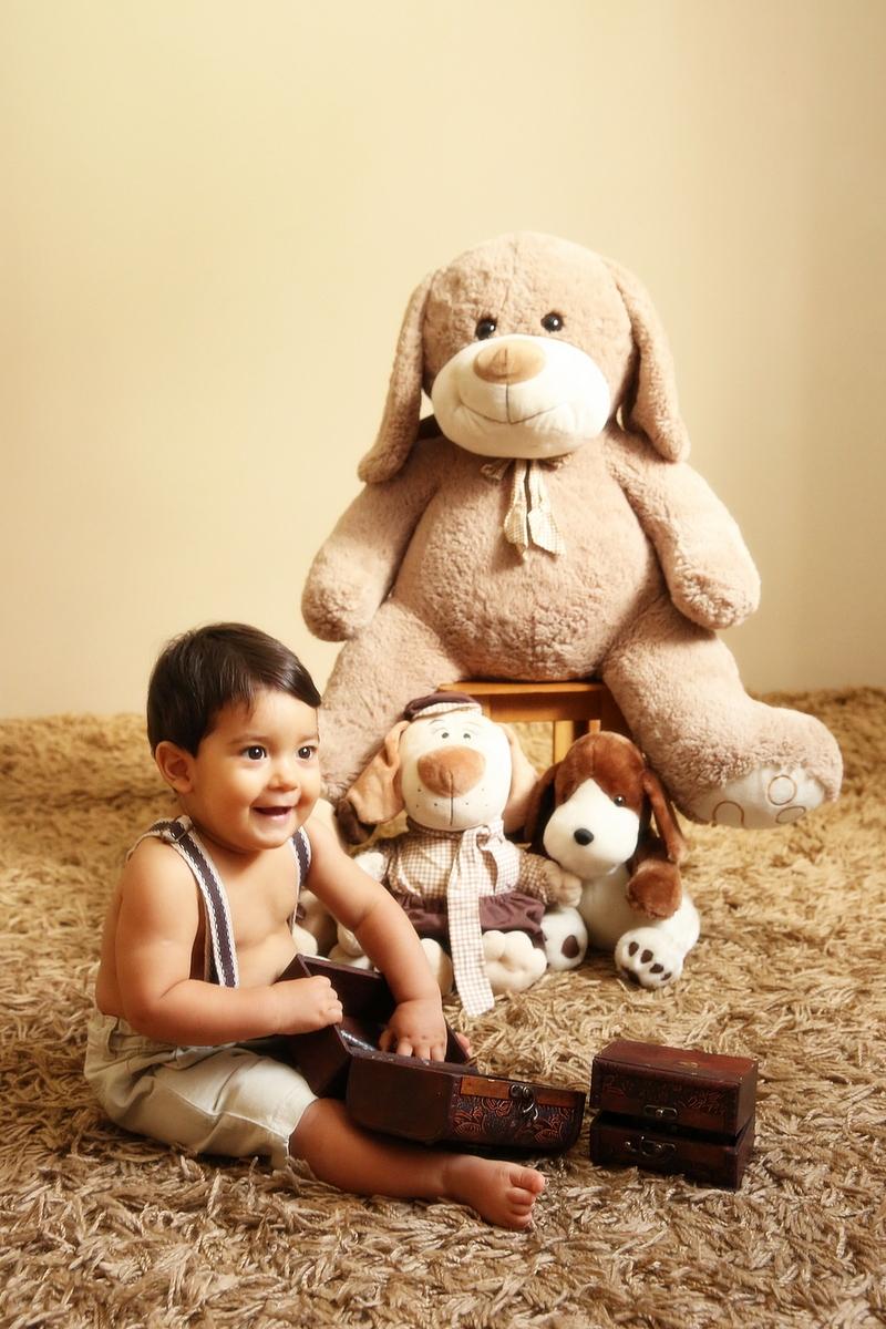 Fotografia de bebe em belo horizonte, bebê com ursos, ivna sá produção fotográfica, ivna sá fotografia, fotos de bebê em estúdio, ursos, menino, ensaio de bebê