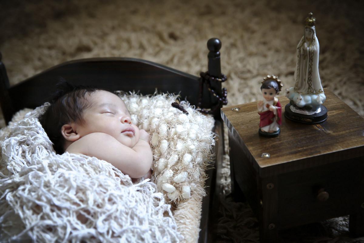 Ivna sá produção fotográfica, ivna sá fotografia, estúdio ivna sá em belo horizonte, fotos newborn, fotos de menino em estúdio, fotos de recém-nascido, recém-nascido
