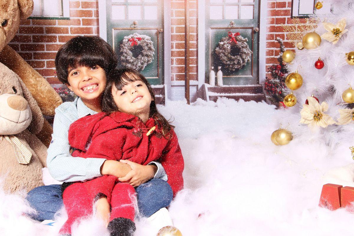 Mini ensaio, ensaios natalinos, ivna sá produção fotográfica, estúdio ivna sá, ensaios de natal no estúdio ivna sá, natal, neve, arvore de natal, ensaios de meninos, ensaio de meninas, irmãos