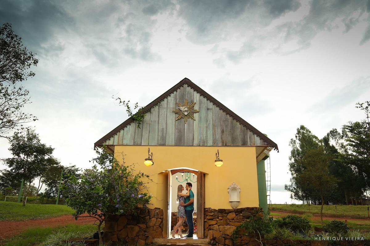 Foto na capelinha Solar dos Ipês., Prata MG
