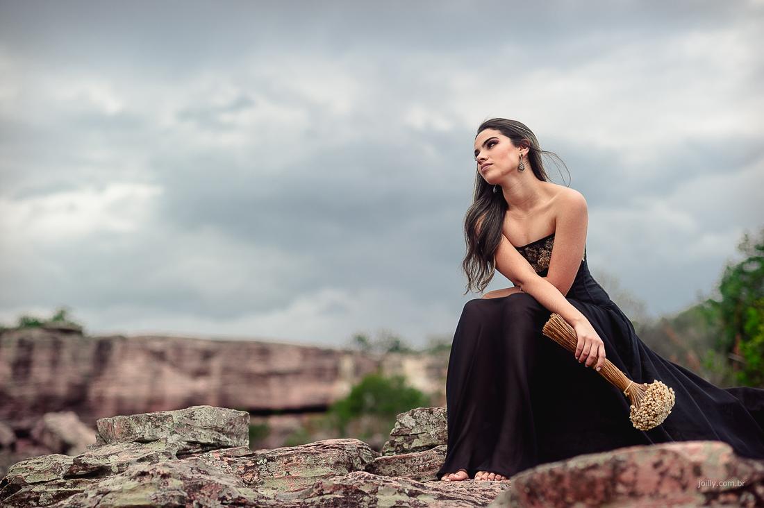 foto realizada na cidade de mucuge modelo com vestido preto