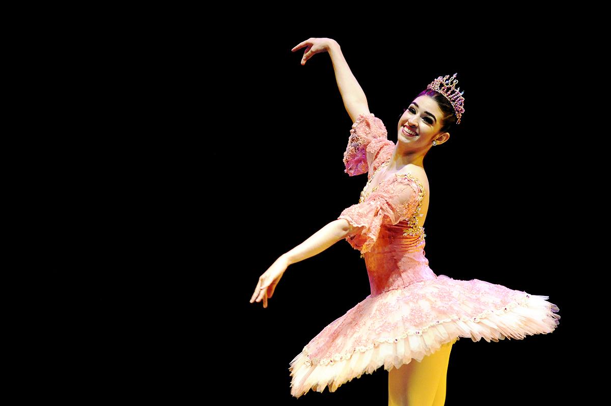 Juliana Paiva -Petite Danse