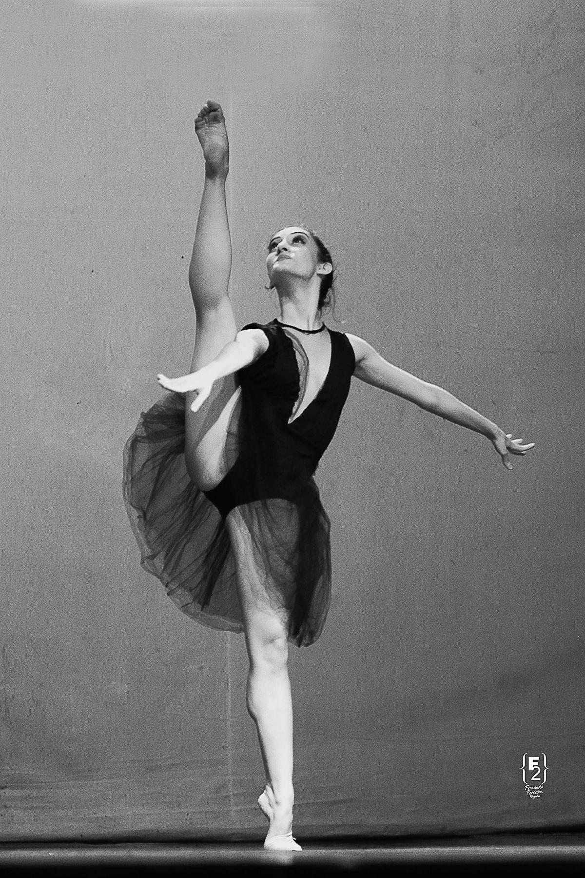 Ana Leticía Godoy-Petite Danse