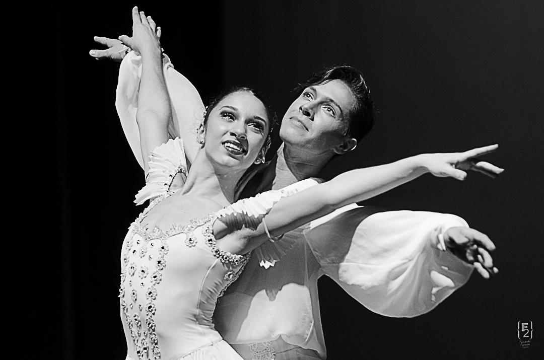 Kethlenn Massa -Orlando Ballet School/Ivan Sehnem- Te Sarasota ballet