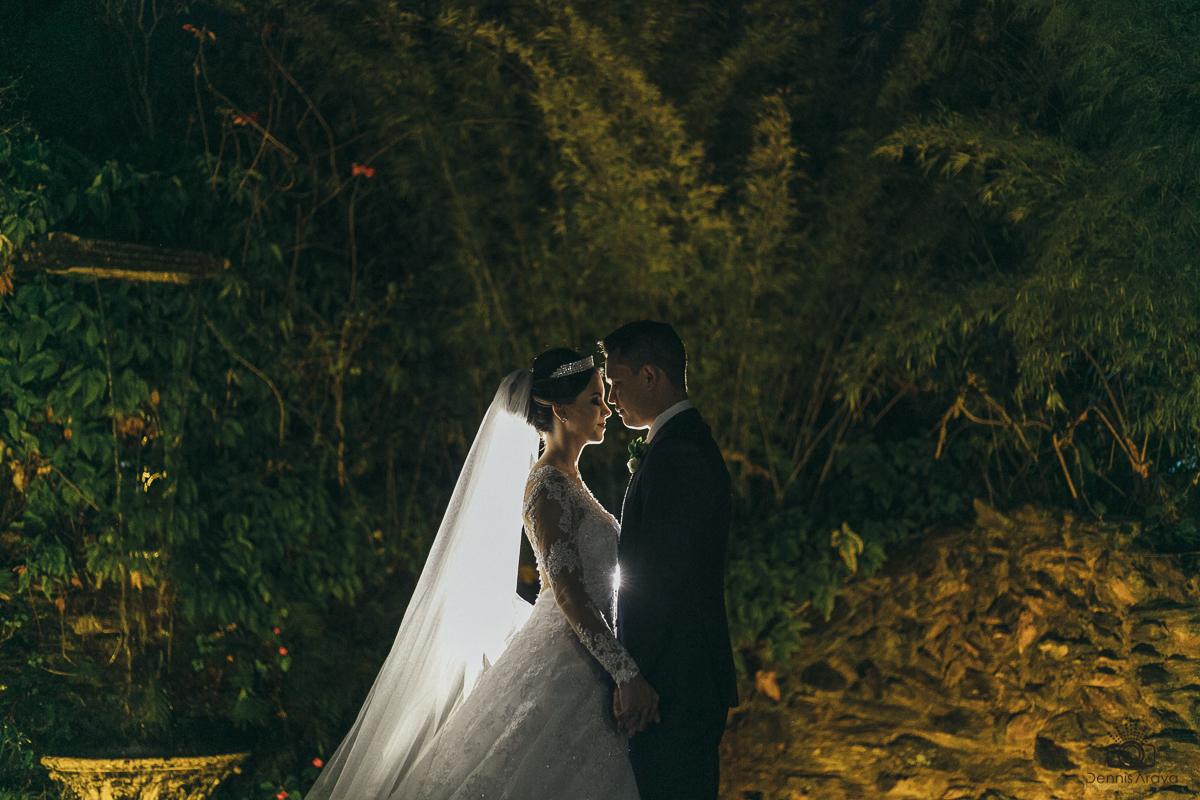 Imagem capa - A importância do cerimonial de casamento por Dennis Araya Chavarria