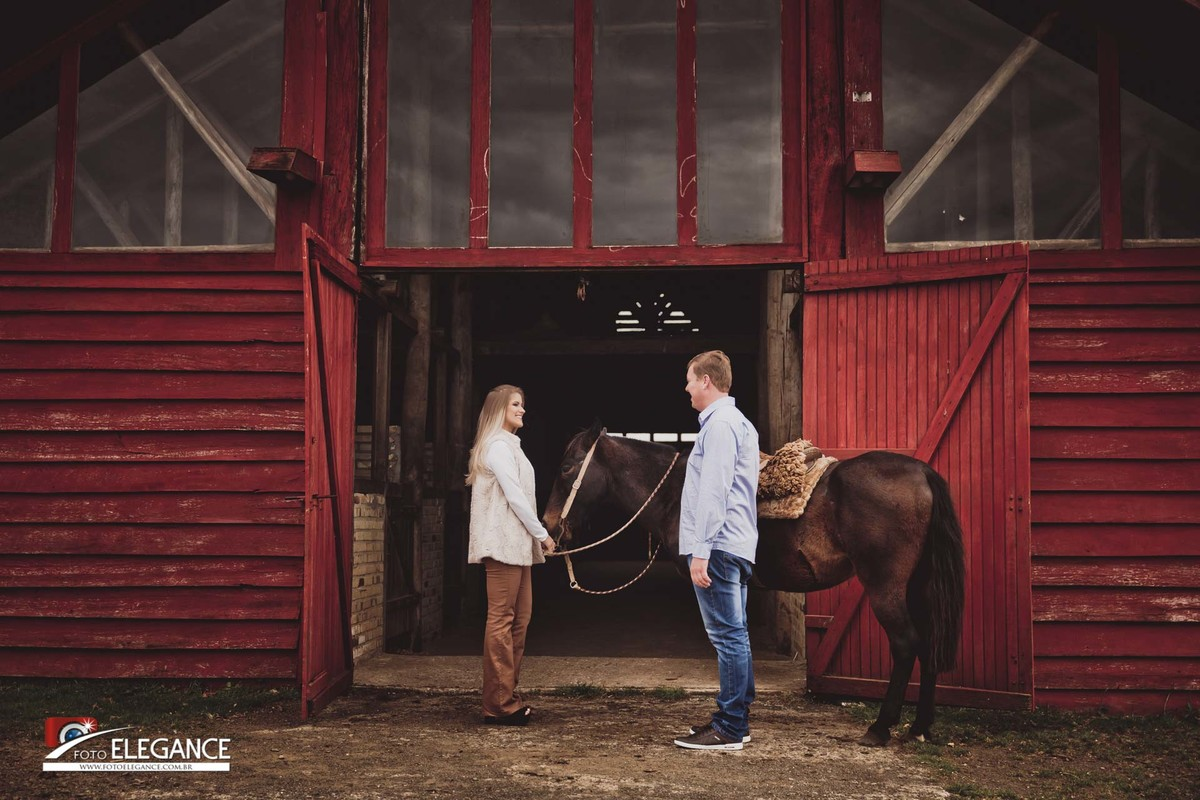 fotos de casal com cavalo