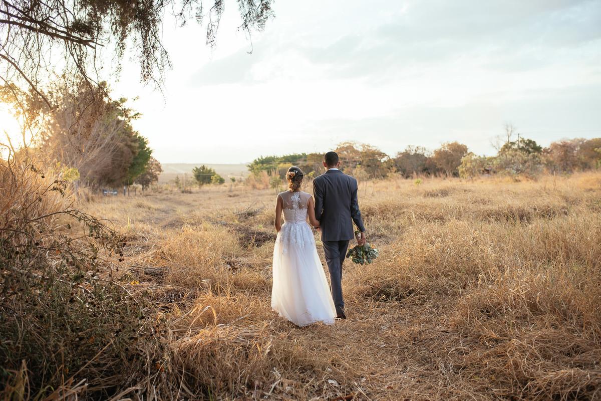 jaqueline melo fotografo de casamento em brasilia, fotografia de casamento em brasilia, decoração de casamento miss rocha, espaço florativa, casamento de dia, casamento rustico, pôr do sol