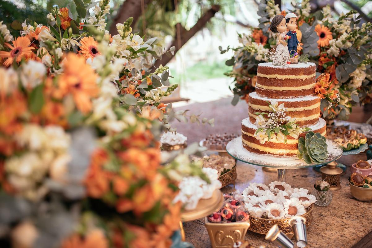 jaqueline melo fotografo de casamento em brasilia, fotografia de casamento em brasilia, decoração de casamento miss rocha, espaço florativa, casamento de dia, casamento rustico, mesa do bolo