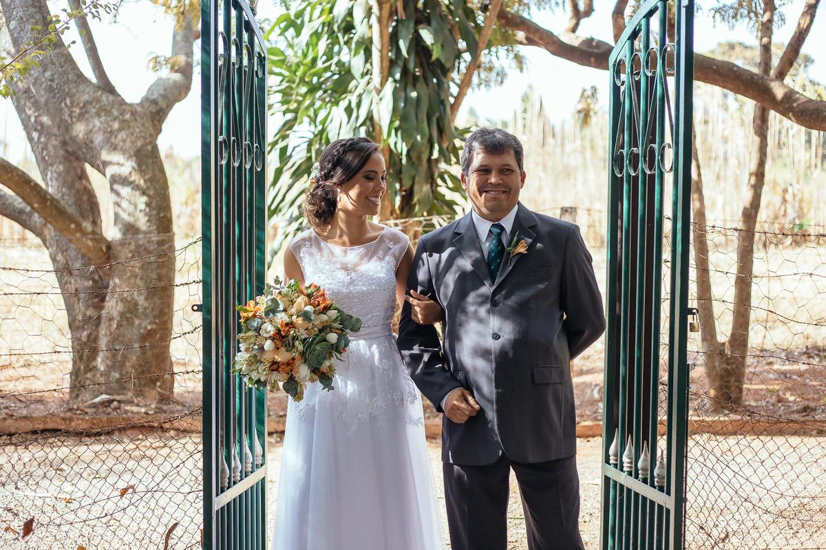 jaqueline melo fotografo de casamento em brasilia, fotografia de casamento em brasilia, decoração de casamento miss rocha, espaço florativa, casamento de dia, casamento rustico, pai da noiva