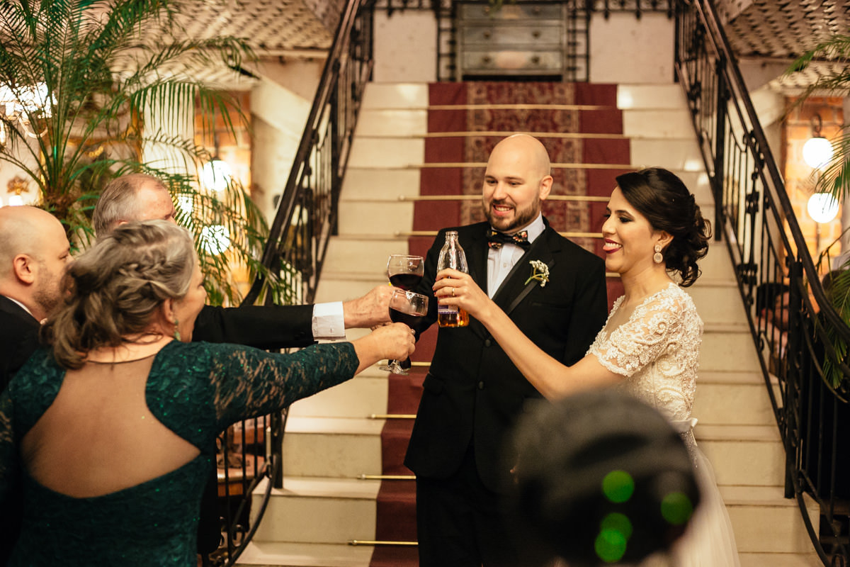fotografia de casamento em brasilia no villa regia, vestido juliana penteado