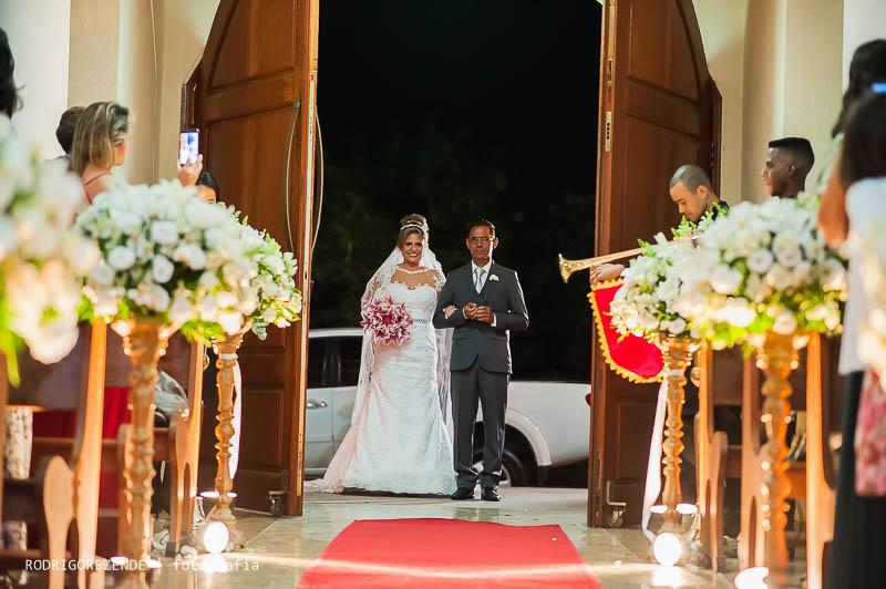 cerimonia capela nossa senhora de fatima jardim guanabara, entrada da noiva