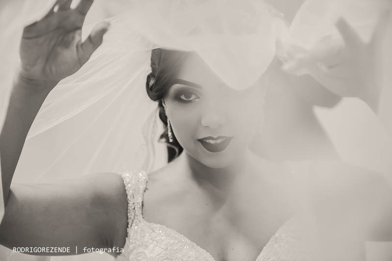 making of da noiva em casa, maquiagem, vestido da noiva, veu da noiva