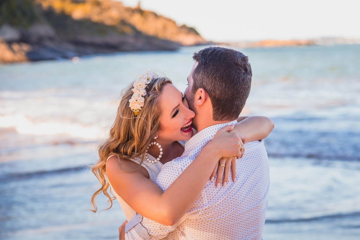 Gustavo Piazzarollo fotografa um lindíssimo ensaio de pré casamento de Maria Clara e Raul