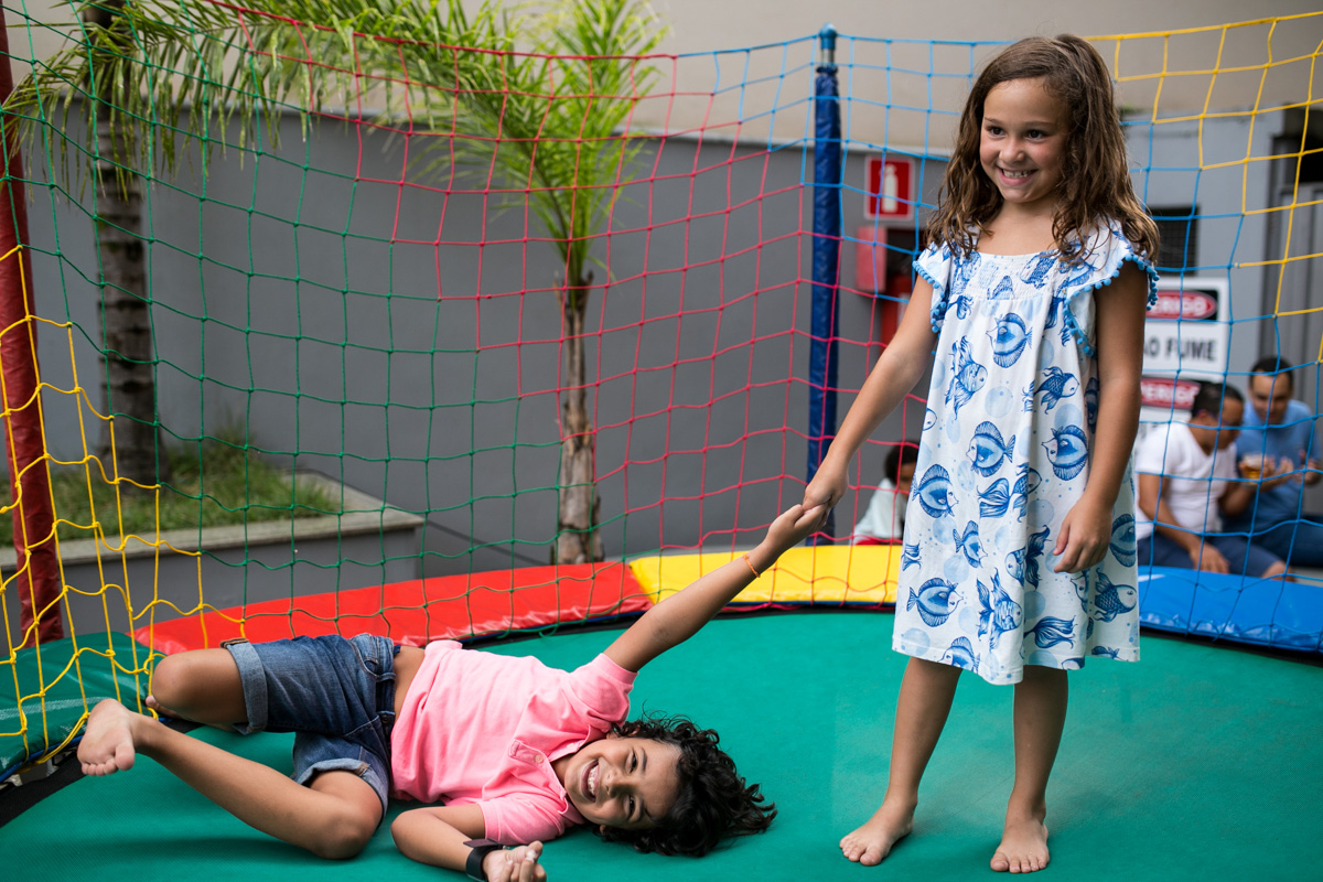 Foto de Ana Julia e João Pedro