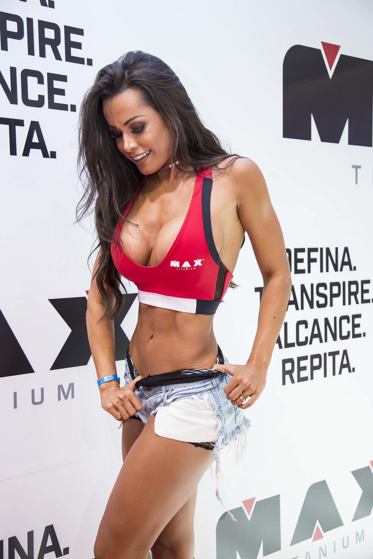 Fernanda Dávila , modelo