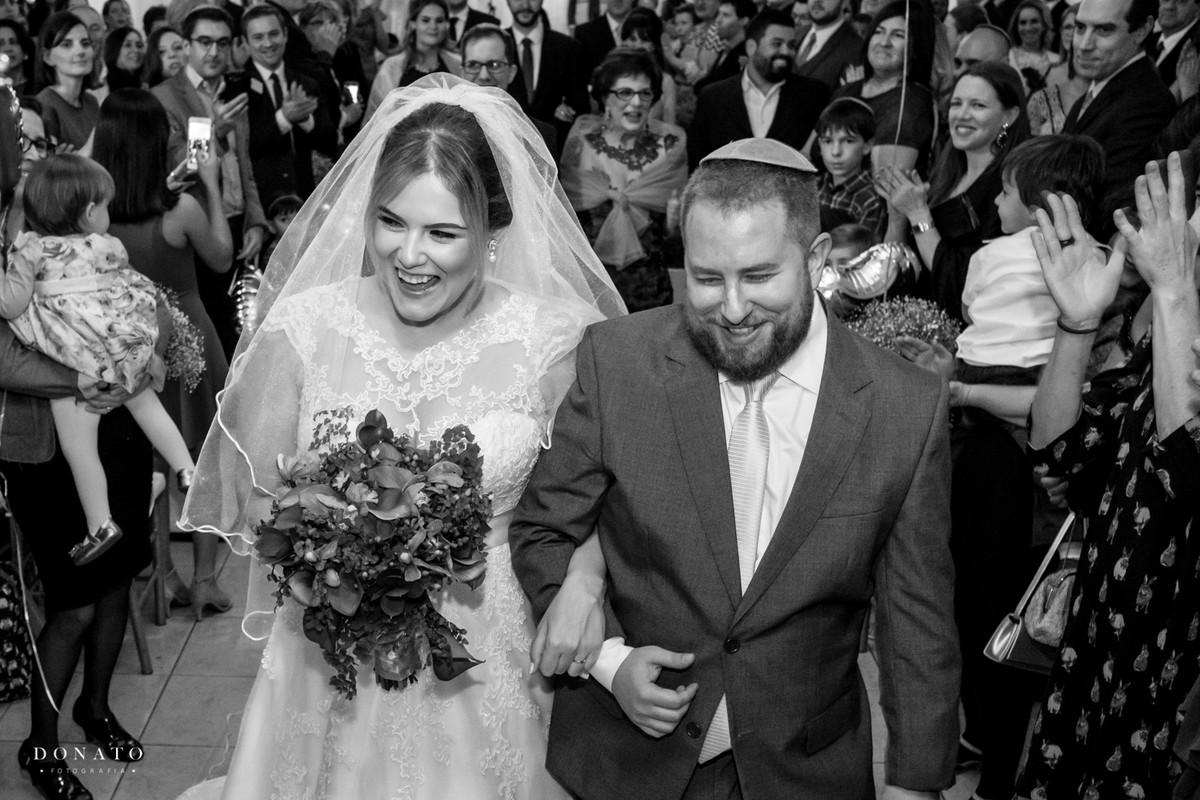 Saída dos noivos da cerimonia Judaico.