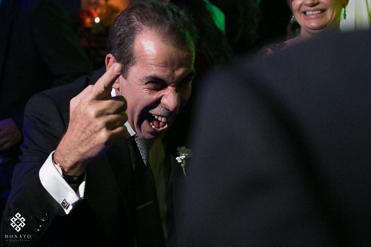 pai grita de alegria na festa realizada no jockey
