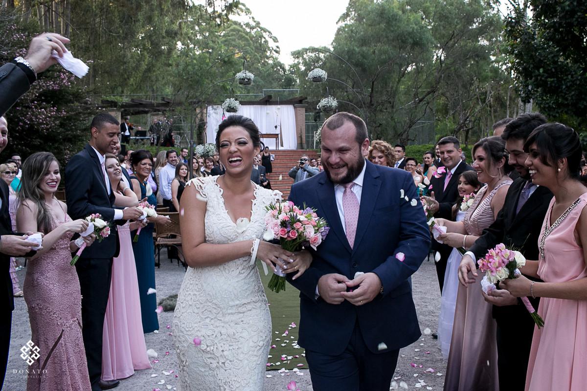 casamento-recanto-da-paz-buffet-saida-cerimonia