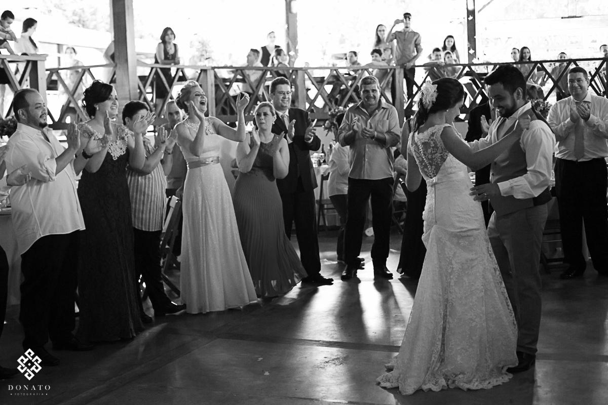 dança dos noivos.