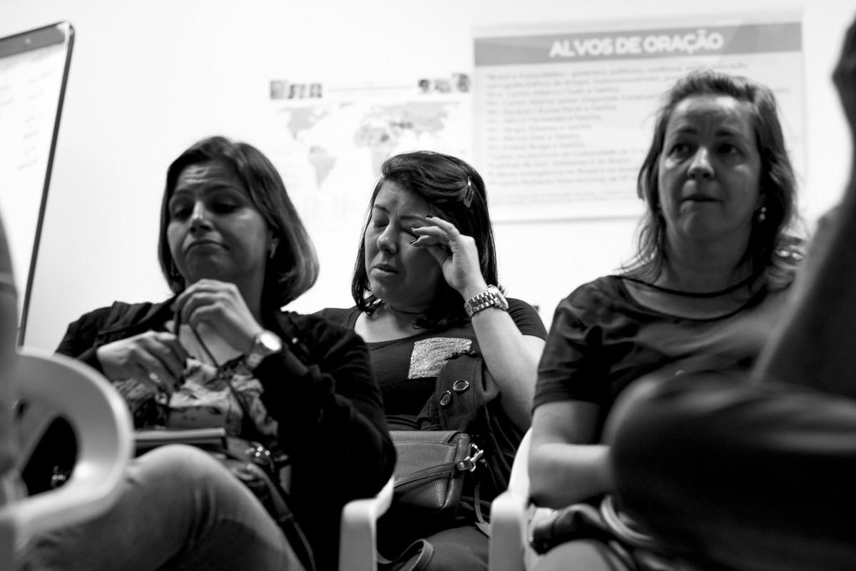 Mais uma aluna chora ao ver final do workshop estética e momento.