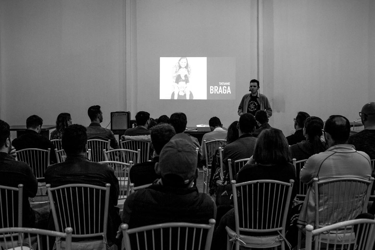 Leandro Donato palestra para alunos em maringa paraná.