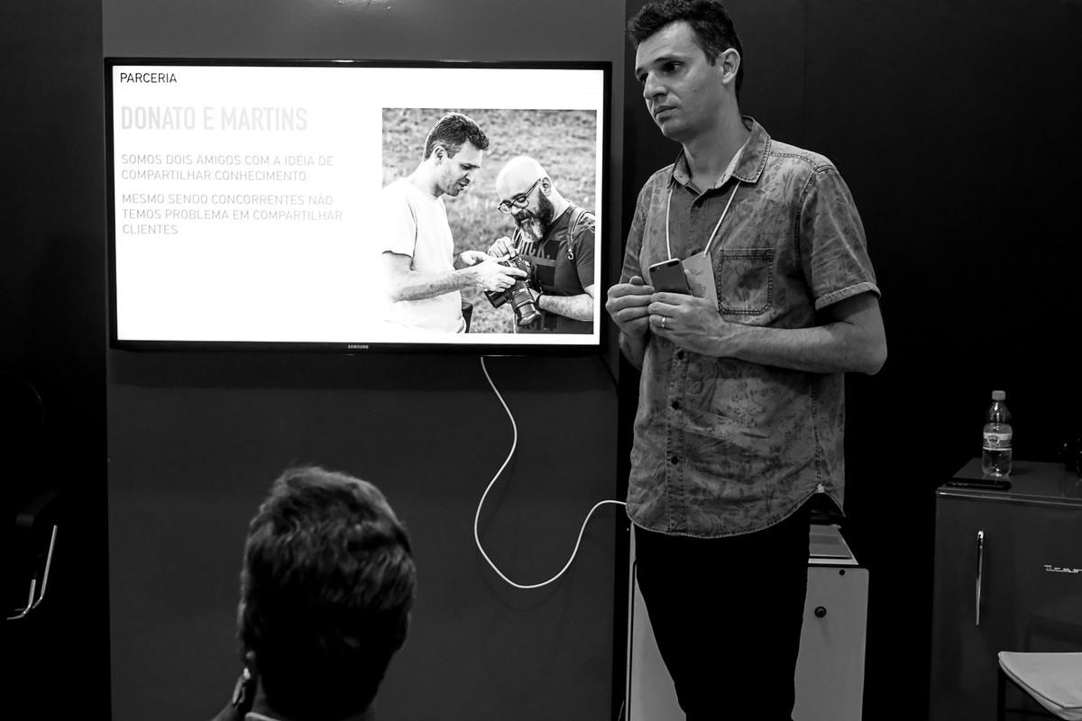 Leandro Doanto apresenta a parceria do curso com o fotografo Andre martins.