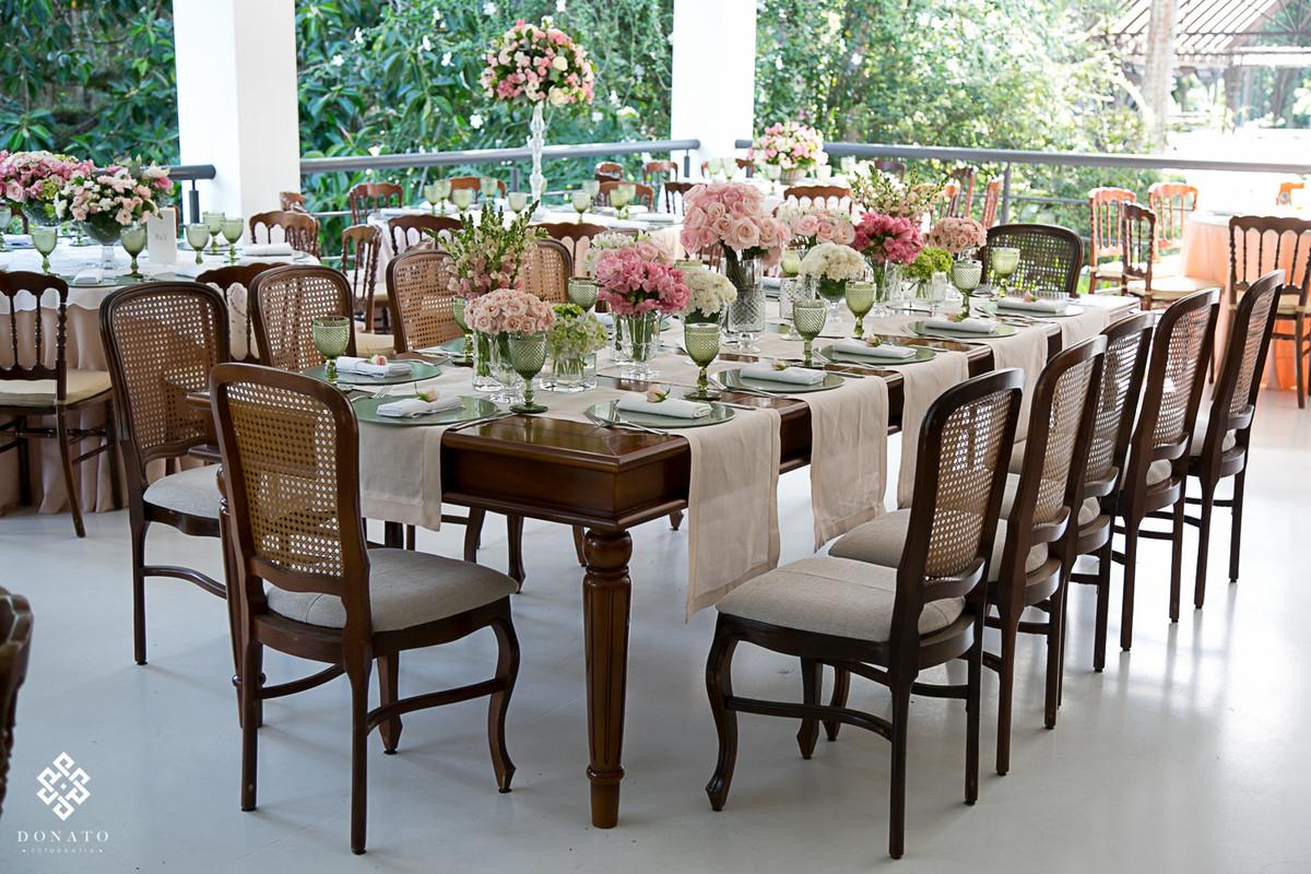 Mesa coletiva feita pela concepty party.