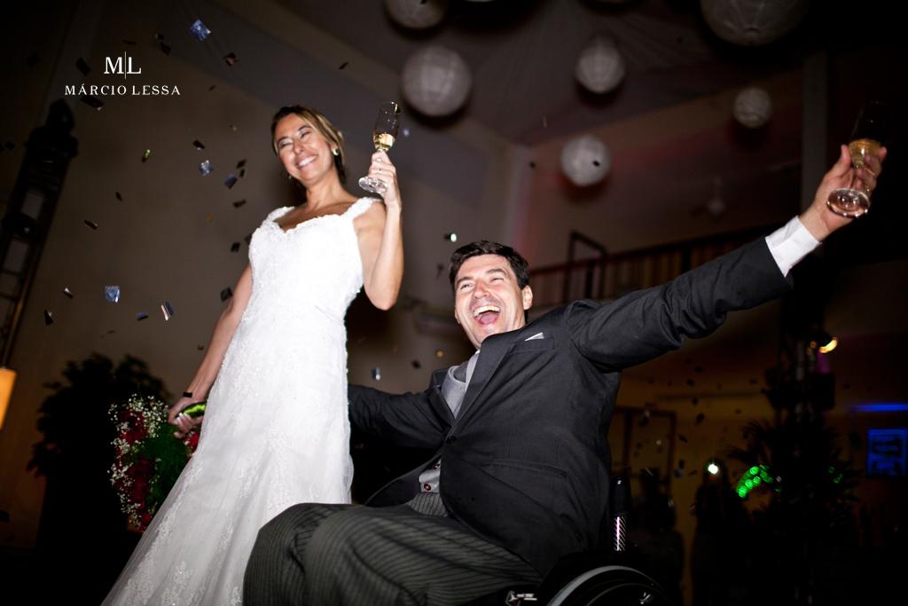 Só alegria! Enfim, casados! Casamento na Lofty Kingdom Eventos, Rio de Janeiro, RJ, por Márcio Lessa | Fotografia