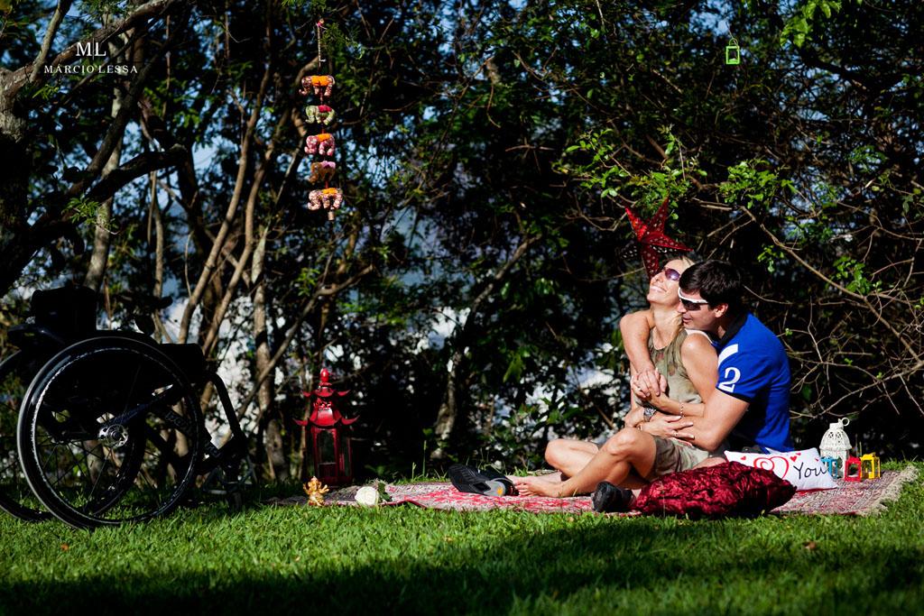 Aquele momento bom | Pre-Wedding no Parque Penhasco Dois Irmãos, Leblon, Rio de Janeiro, RJ, por Márcio Lessa | Fotografia