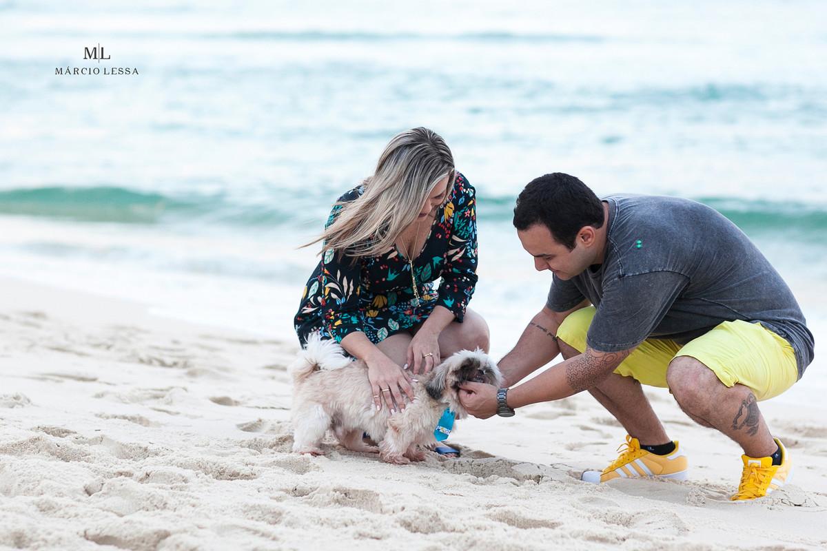 Chopinho e Cachacinha, os cachorros shihtzu - Praia da Barra da Tijuca RJ