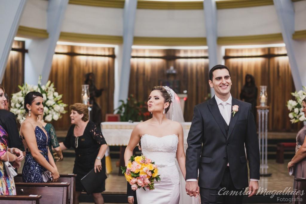 Igreja Santa Clara da Piedade saida dos noivos