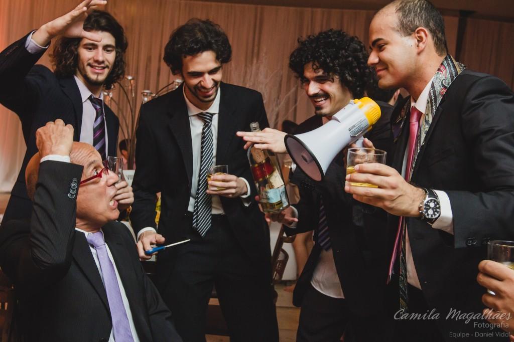 corte da gravata casamento Camila Magalhães Fotografia