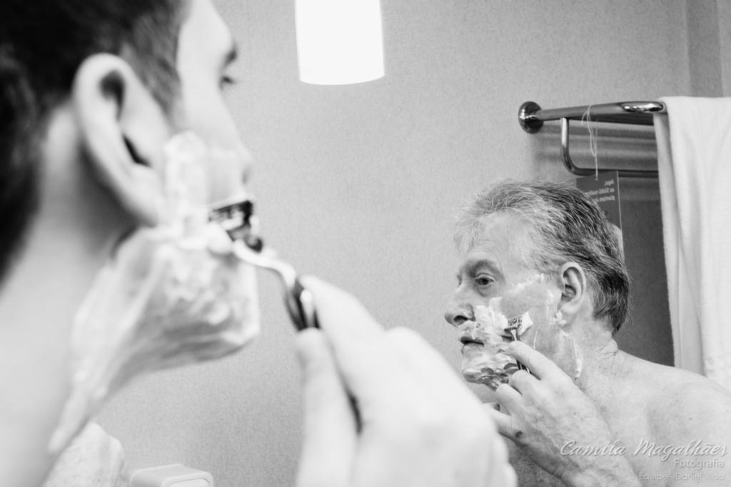 fazendo a barba com o pai making of noivo