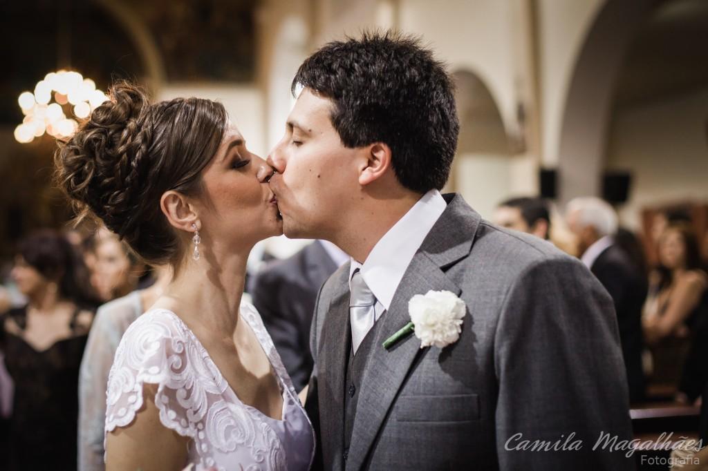 beijo casamento bh fotografia Camila Magalhaes