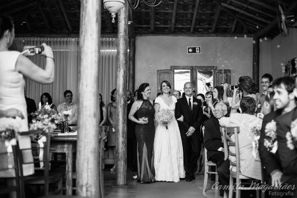 entrada da noiva fotografias emocionantes de casamento camila magalhaes