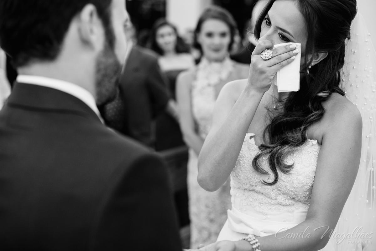 Noiva emocionasa