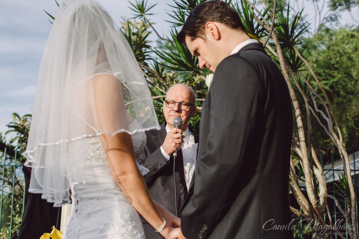 pai celebra casamento do filho
