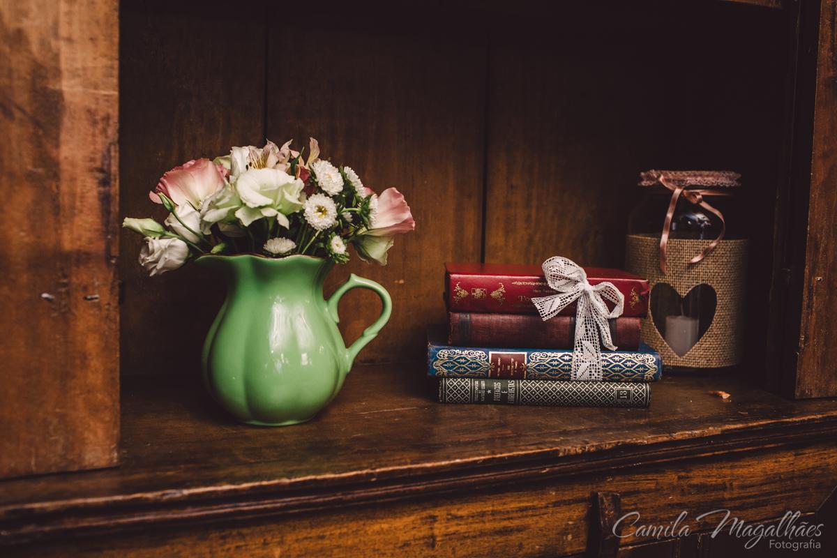 livros na decor de casamento