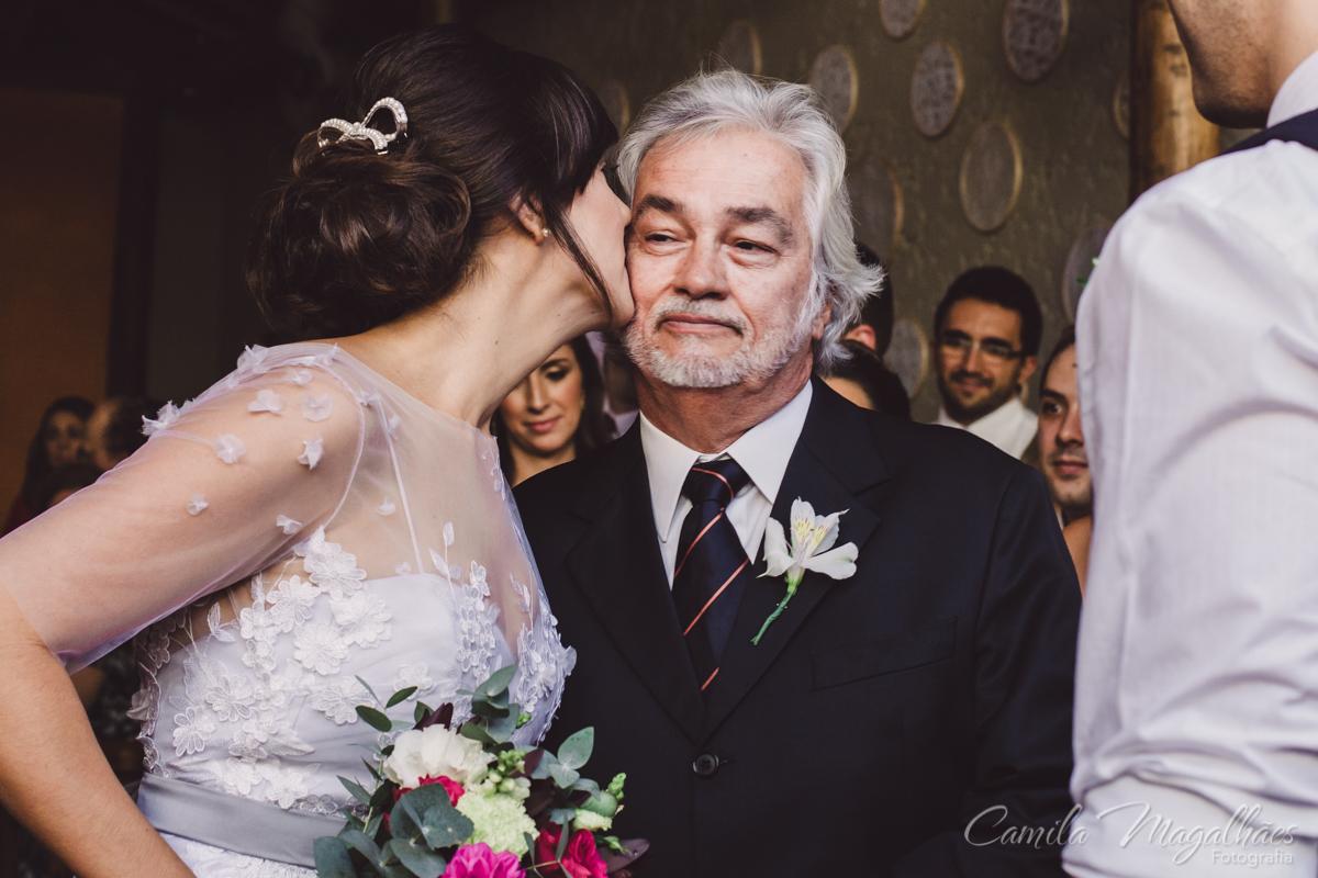 noiva com pai camila magalhaes fotografia