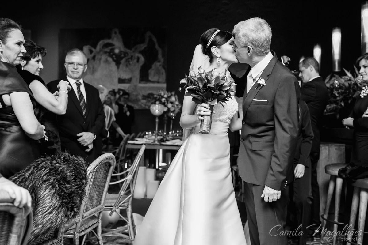 beijo do casal fotografia