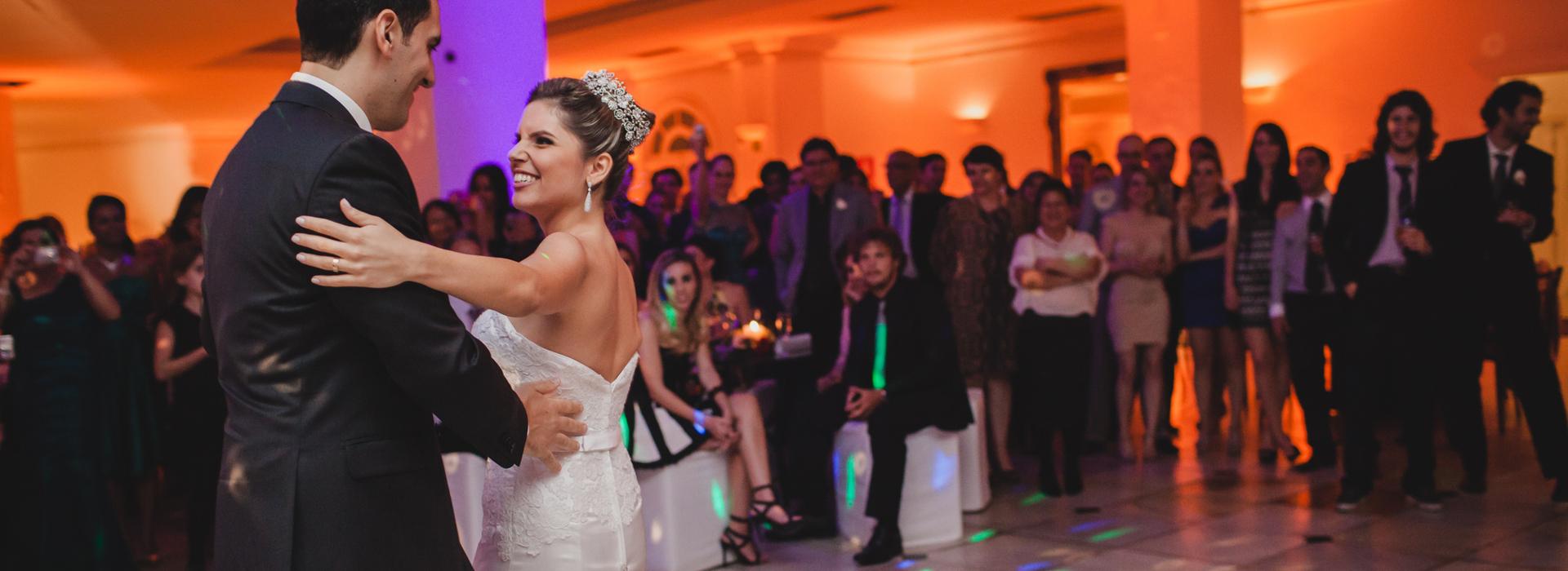Casamento de Janaíne e Lucas em Buffet Catarina - BH