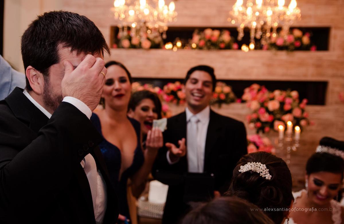 corte da gravata, casamento serenar, casamento ilha kabuki, casamento casarão amarelo, casamento centro histórico deparaty, fotógrafo de casamento paraty, fotógrafo de casamento angra dos reis