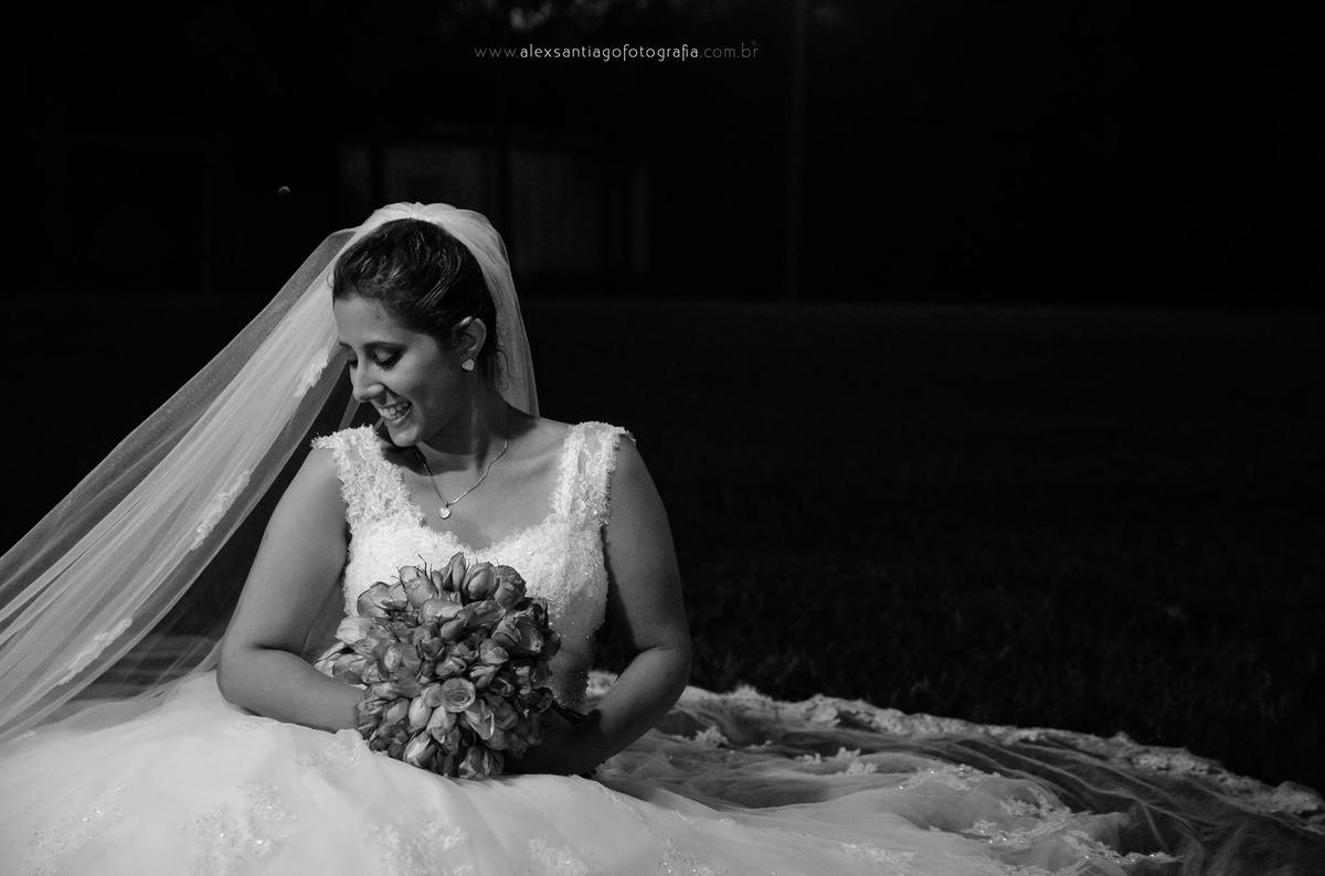 vestido de noiva plus size, noiva plus size rj, casamento ao ar livre a noite, casamento sítio marcatti, casamento sítio canãa
