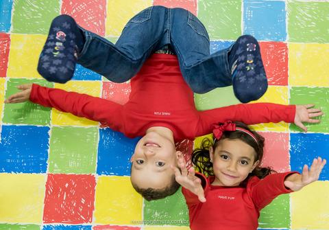 Crianças de 7 Anos Marianna e Matheus