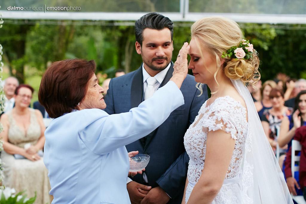 Cerimônia de Casamento, Estância Biguaçu, Casamento ao ar livre, benção dos noivos; Fotografia de casamento em Florianópolis