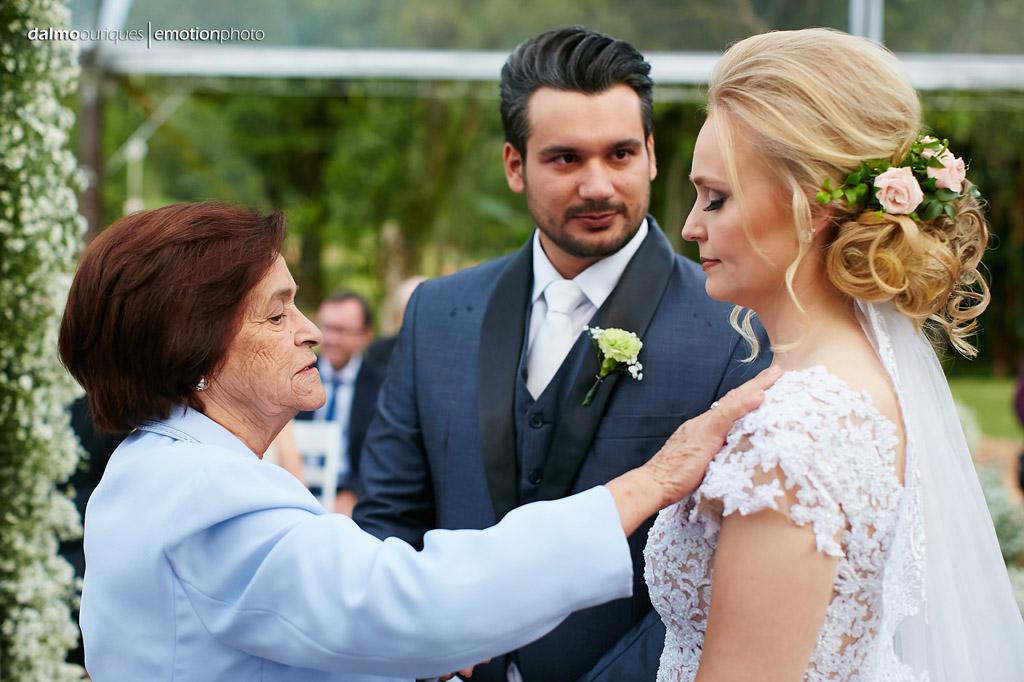 Cerimônia de Casamento, Estância Biguaçu, Casamento ao ar livre, benção dos noivos; Fotógrafo de casamento em Florianópolis
