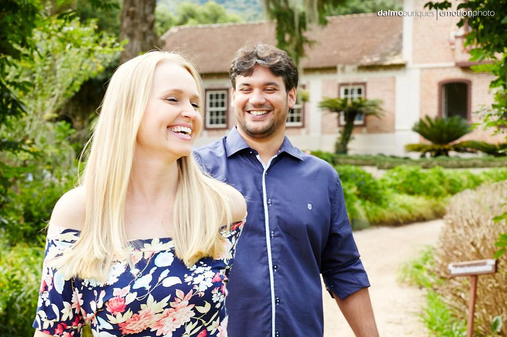 Pré Wedding em Rancho Queimado; Ensaio de casal; noivos felizes