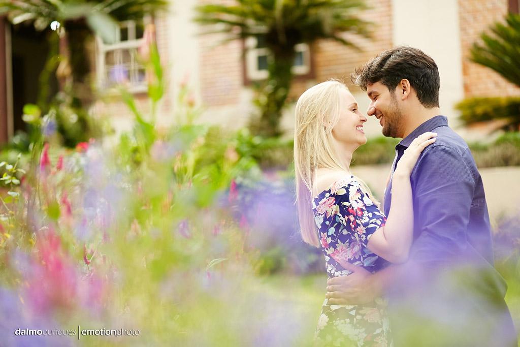 Pré Wedding em Rancho Queimado; Ensaio nas flores