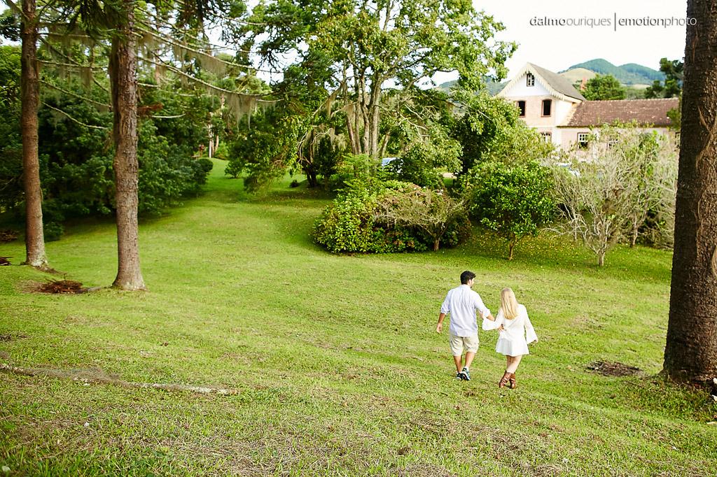 Pré Wedding em Rancho Queimado; Ensaio de casal em Rancho Queimado; ensaio num lindo campo
